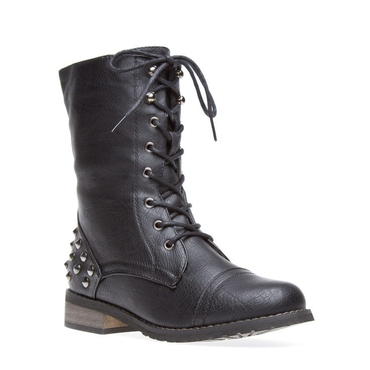 Black Studded Boot: Cool Things, Black Combat Boots, Studs Boots, Casual Chic Boots, Riding Boots, Fall Boots, Cowboys Boots, Rockers Boots, Winter Boots