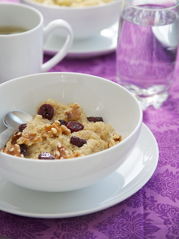 Quinoa Porridge, never thought of replacing oatmeal with Quinoa in the morning!Breakfast Porridge, Almond Milk, Flax Milk, Diet Real, Quinoa Fruit, Breakfast Quinoa, Quinoa Porridge Easy, Breakfast Options, Quinoa Breakfast