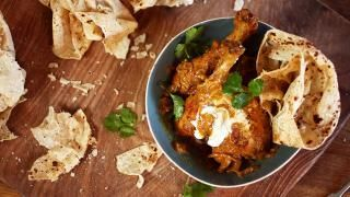 Chicken Korma | video= http://www.jamieoliver.com/videos/quick-chicken-korma-mallika-basu#YDEBjVoQQc8gedXa.97