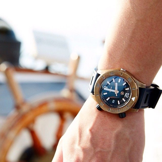 Interesting kickstarter project, the Zelos Watches Abyss | A 3000m water resistant watch made of marine bronze |