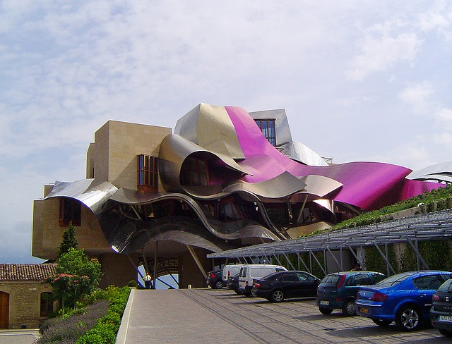 46 best images about blobism on pinterest museums graz for Hotel el ciego marques de riscal