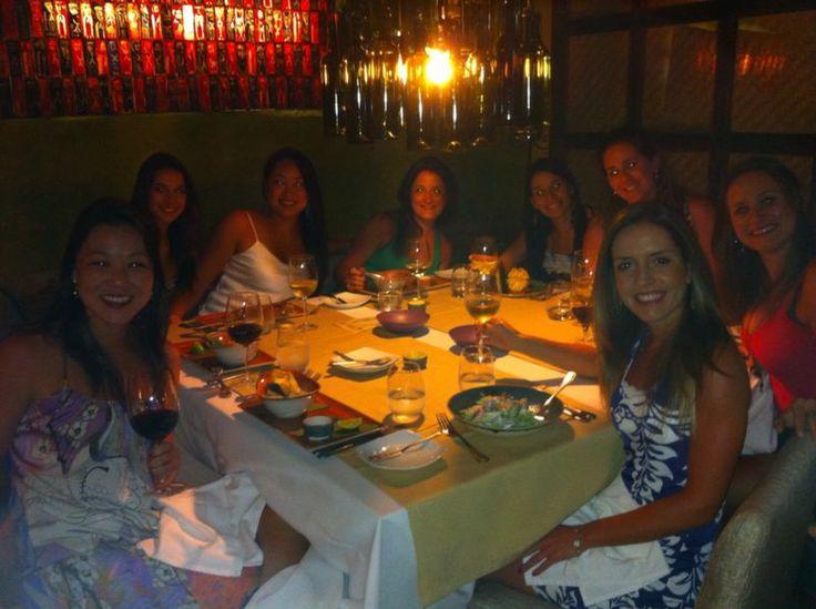 Disfrutando los sabores y los ambientes en nuestro #Restaurante #Bar #ElSantisimo ¡Gracia a nuestras visitantes por preferirnos!