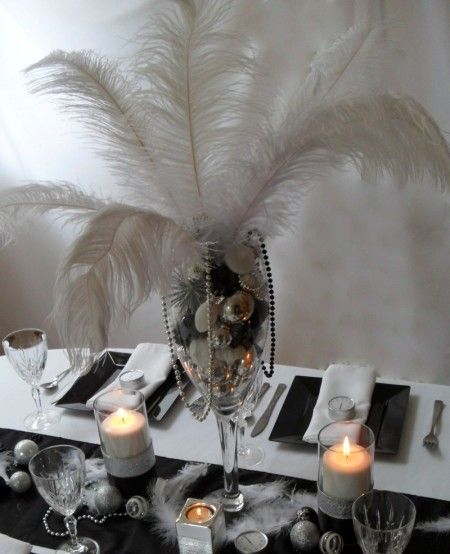 This is an easy centerpiece that I am going to re-create for my New Year's Eve party.