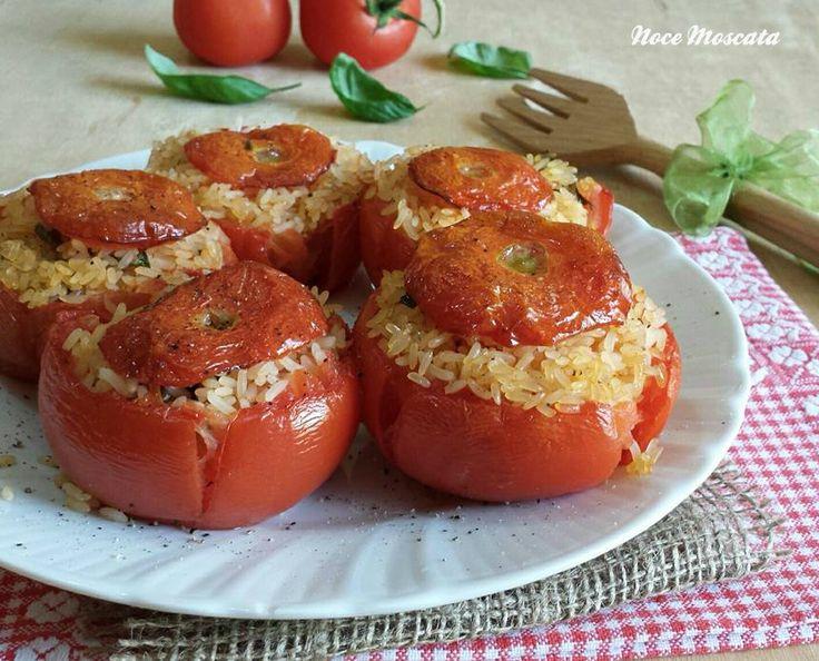Pomodori con il riso al forno