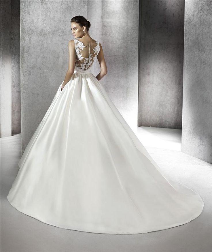 Zayan esküvői ruha