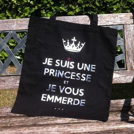 """Sac """"Je suis une princesse ..."""" : Sacs bandoulière par gigie-bricole"""