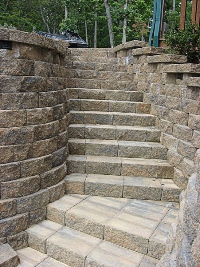 ... retaining wall with steps