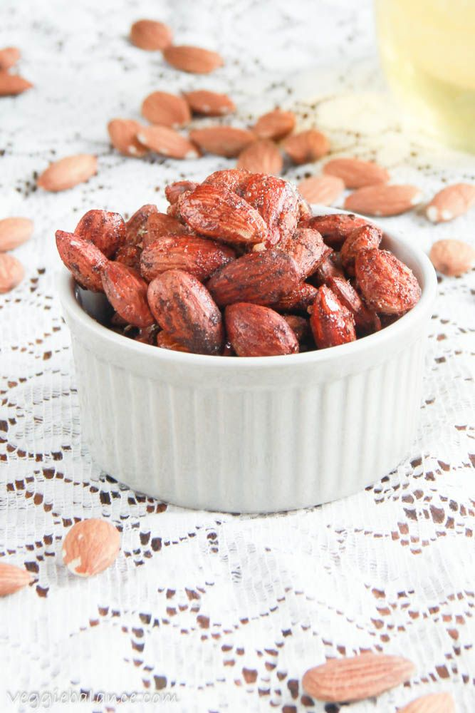 These spiced almonds with cinnamon are just to die for! Perfectly coated with cozy fall flavor paired perfectly with roasted almonds. You can't go wrong.