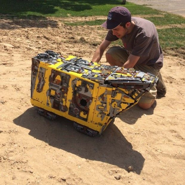 lego sandcrawler that actually works!