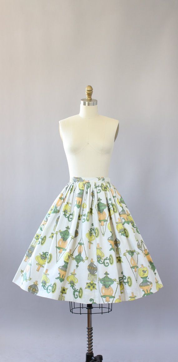 Vintage 50s Skirt/ 1950s Novelty Print by WhenDecadesCollide