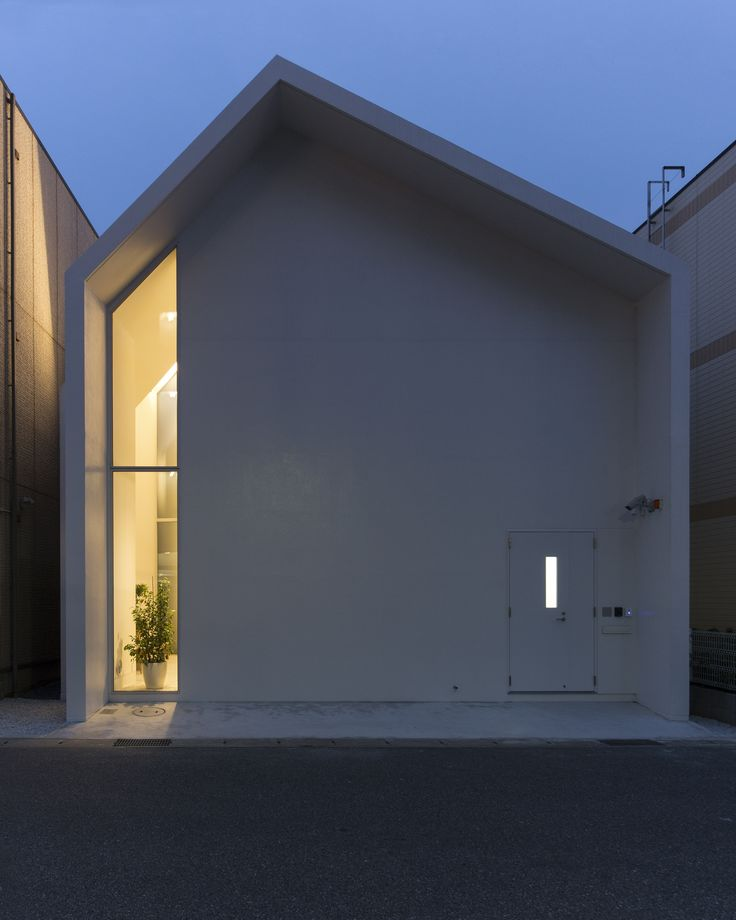 "Asahicho Clinic by hkl studio ""Location: Chiba, Chiba Prefecture, Japan"" 2015"