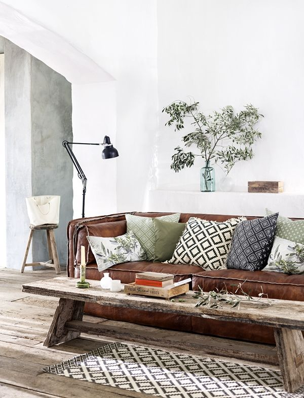 Just Chill Be Relax On Luxury Leather Sofa Home Living Room