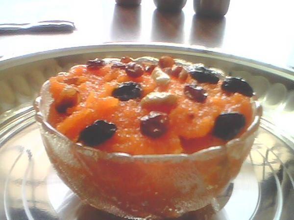 Baisakhi Recipe - Try this delicious Sooji Ka Halwa with Milk | Rava Sheera | Kesari