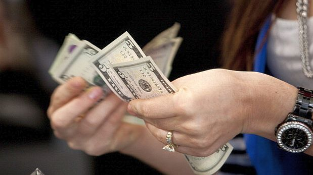 El dólar se elevó a S/3,352 por incertidumbre ante elecciones