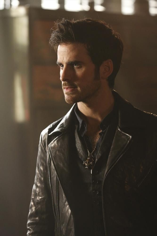 Captain Hook / Killian Jones (Colin O'Donoghue) - Once Upon A Time