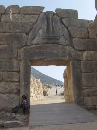 SEE | The Lions Gate- Mycenae, Greece
