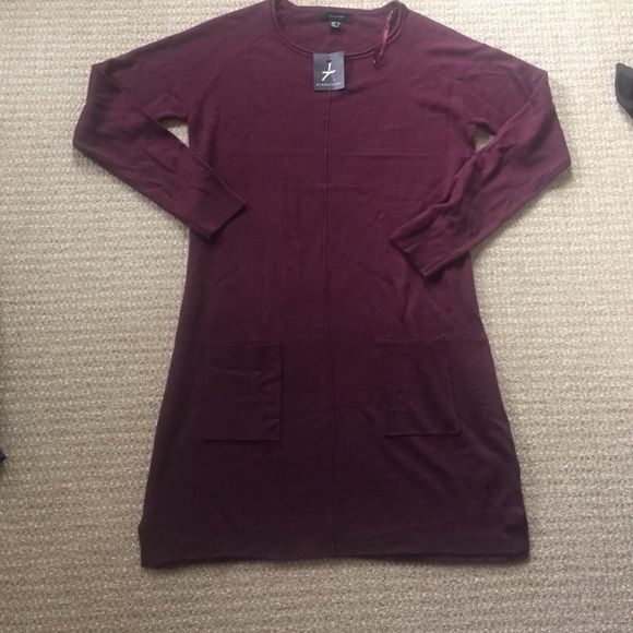 🆕❗️Primark plum sweater dress! NWT Gorgeous plum sweater dress from primark with pockets in the front and long sleeves, perfect condition new with tags. Size 8 Primark Dresses Long Sleeve