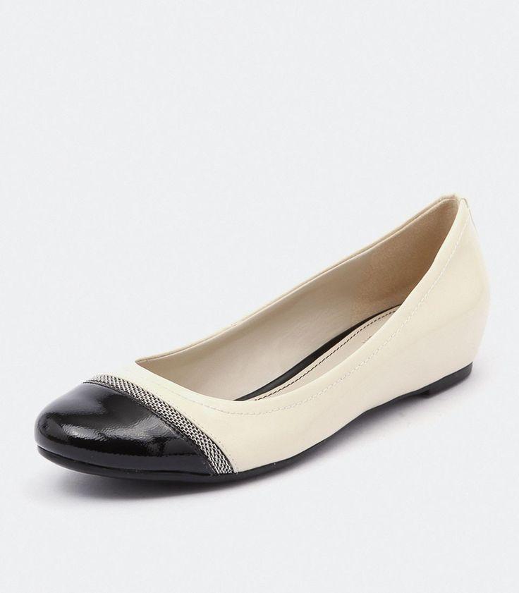 Naturalizer Nehara Pale Ivory/Black at styletread.com.au