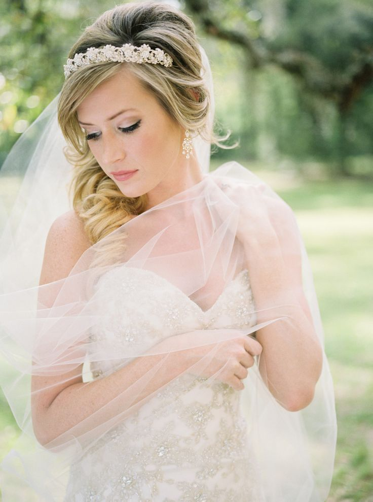 Gorgeous bridal session | Photography: Holeigh V Photography - www.holeighvphotography.com  Read More: http://www.stylemepretty.com/2015/06/11/romantic-church-ruins-bridal-session/