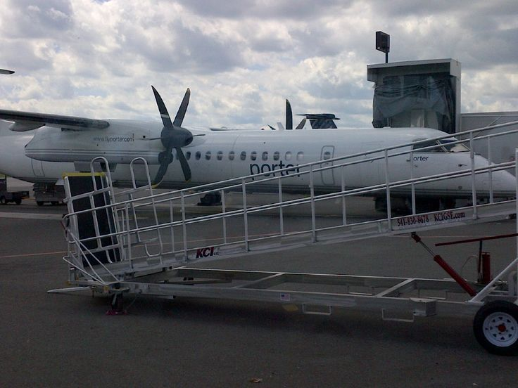 Destination Toronto: Porter Airlines is the Only Way