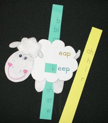 Spring crafts: Word family activities: Sheep Slider for -eep and -eap family words. FREE