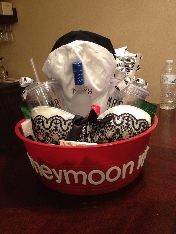 Honeymoon gift basket. Wedding gift. Bridesmaid wedding gift. Cute bride gift idea.