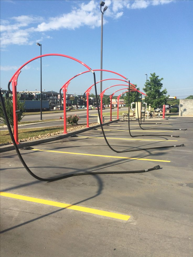 Knoxville top rated parking lot striping and seal coating asphalt paving company 865-680-9225