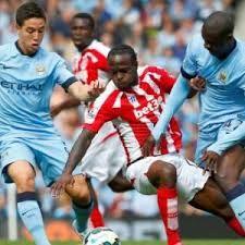 Live Score Bandar Bola 303Live Score Bandar Bola 303 – Jika Manchester City berhasil meraih kemenangan atas Stoke City maka klub tersebut akan raih 1000 poin selama berajang di Liga Primer Inggris.