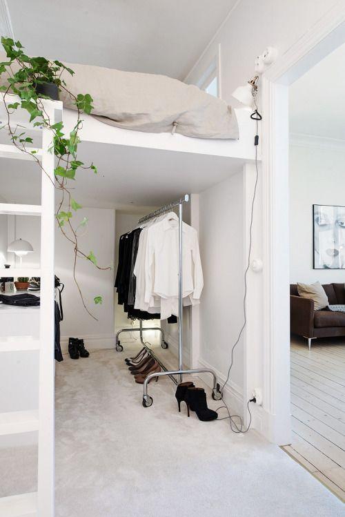 There is room for both a study and wardobe under this Scandinavian loft bed, via Alvhem makleri, spotten on GravityGravity