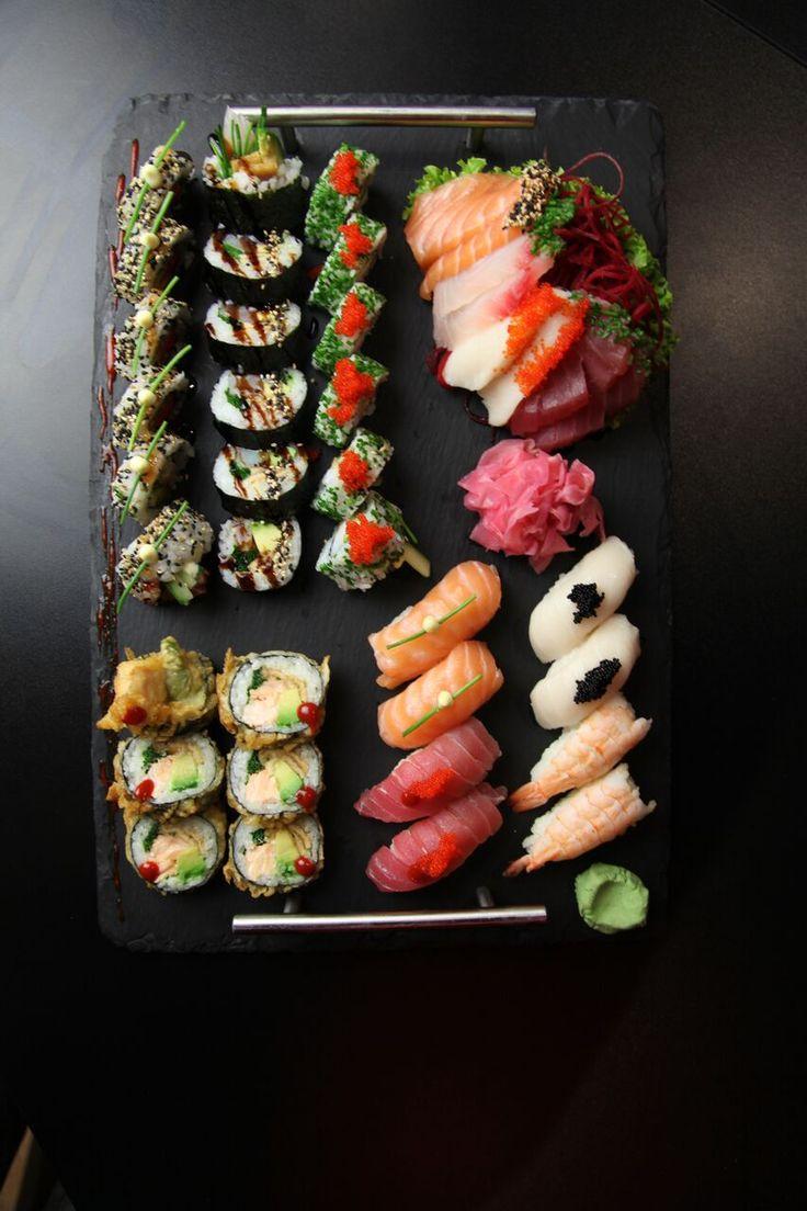 V Edo-kin vám ponúkame rôzne sushi sety, z ktorých si vyberie ten svoj vyvolený  určite každý. :)