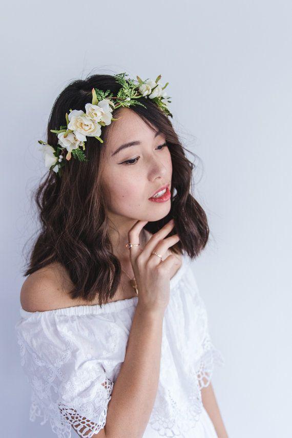 blossom and leaf bridal wedding flower hair wreath // Fleur - cream / rose berry greenery nature floral headpiece flower crown