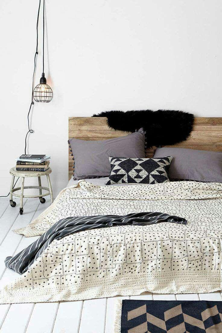 Morning vibes :3  Qui le nostre idee per arredare la camera da letto http://jo.my/bed