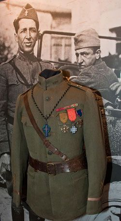 Knights of Columbus military uniform