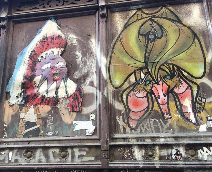 Obra anónima en el barrio del Raval. #ArtSocietatEducació2016 #wheatpasting
