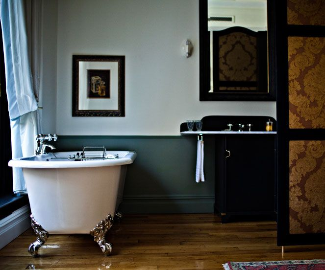 Best 25 luxury hotel bathroom ideas on pinterest hotel bathrooms hotel bathroom design and - Amazing classic luxury bathroom inspirations tranquil retreat ...