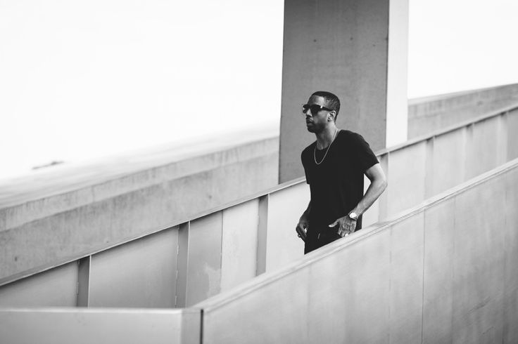 """Ryan Leslie breaks down how to GET PAID in this industry and how Cassie started this.   """"I know the name of my #1 fan, I know he lives in Ireland, I know in the last seven months he's given me 877 dollars  4:47"""" - Ryan Leslie  """"800k albums where released last year only 3% sold more than 1000k copies 7:33"""" - Ryan Leslie"""
