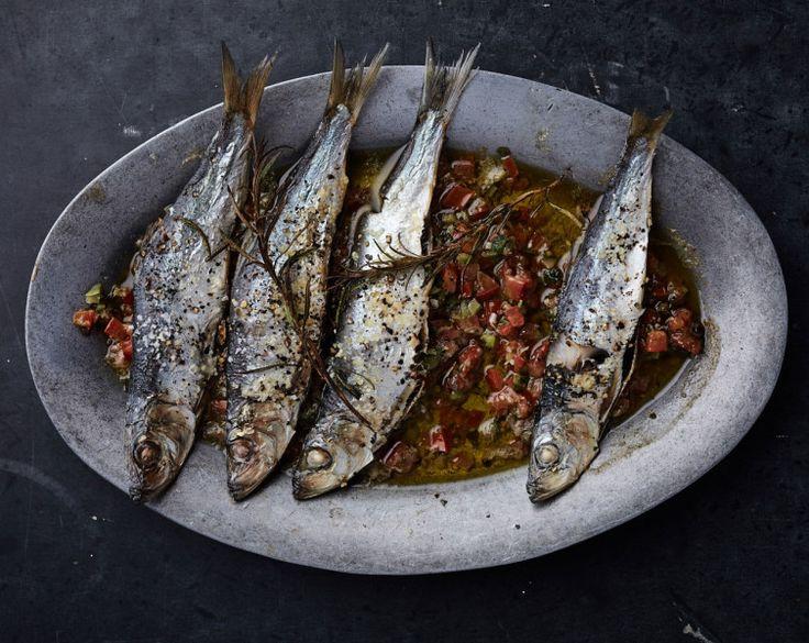 clap-sizzle-platter-sardines