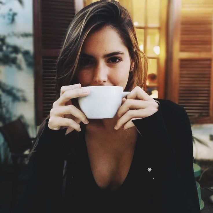 "124.9 mil Me gusta, 410 comentarios - Paulina Vega Dieppa (@paulinavegadiep) en Instagram: ""Rainy day coffee"""