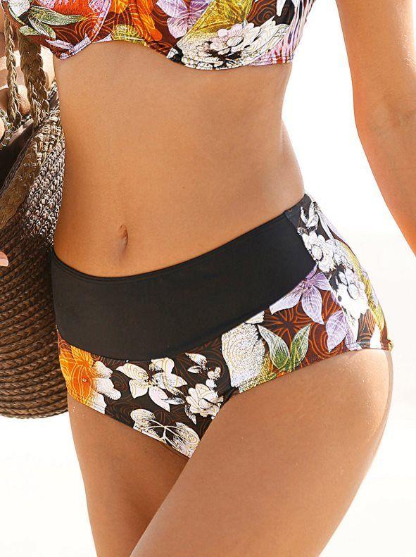 Braga alta de bikini con elegante diseño estampado de inspiración tropical que podrás combinar con la parte de arriba disponible a conjunto. Braga de corte - Venca - 129012