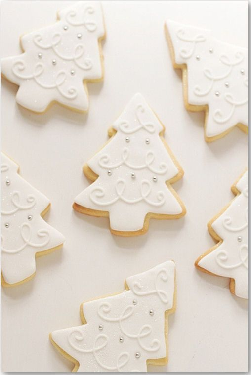 I love the frosting design of these elegant tree cookies.