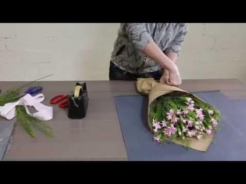 How to make a Japanese Carnation Bouquet - YouTube