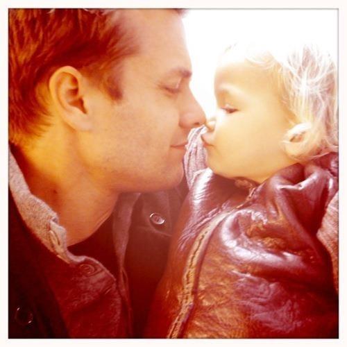 Gabriel Macht and daughter