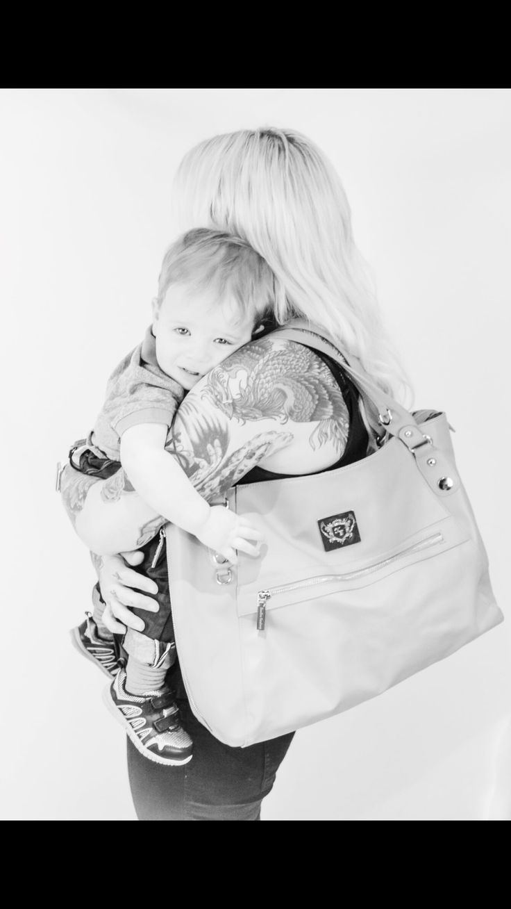 Don't lose your love for fashion and style once becoming a mum! #confidence #fashion #changingbag #diaperbag #handbag #motherhood #mom #mum