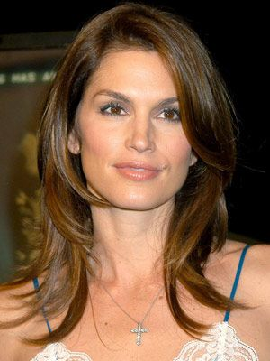 Cindy Crawford Hairstyles - October 27, 2003 - DailyMakeover.com
