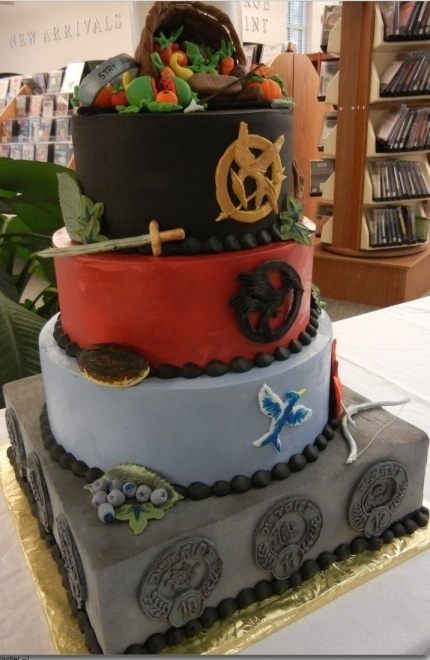 Hunger Games birthday cake - My the odds be ever in your fondant.