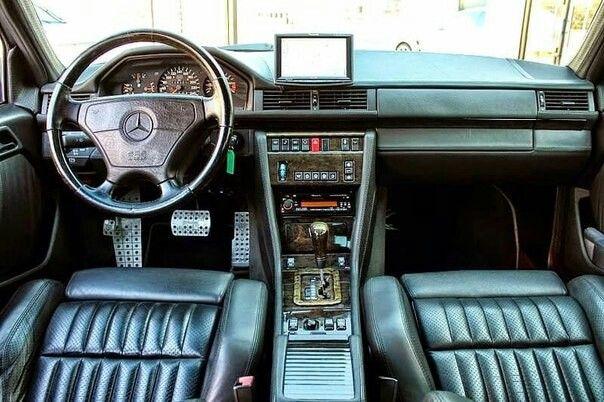 Mercedes-Benz w124 salon interior | Mercedes Benz W124/C124/S124
