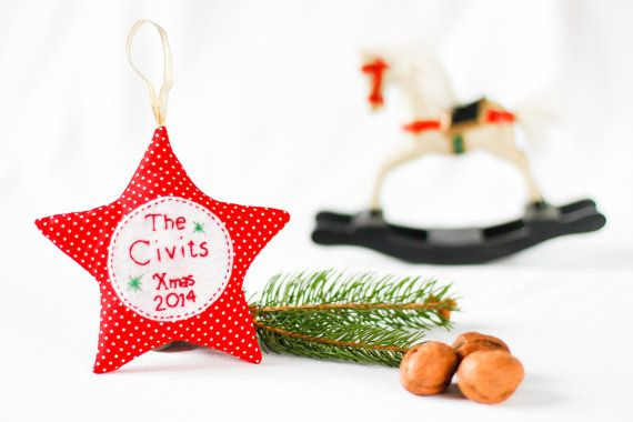 15e Estrellita personalizada para el arbolito de Navidad. Ideal para toda la familia! Los hacemos por encargo y los enviamos al destinatario
