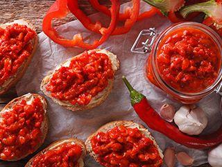 Σάλτσα κόκκινης πιπεριάς (για μπρουσκέτες αλλαντικών)