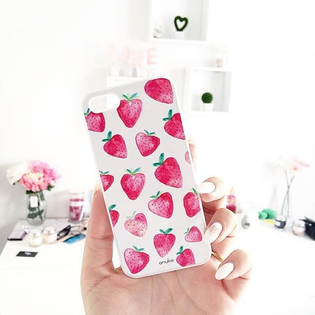 Strawberry Dream - iPhone and Samsung case - Anuke Design #anukedesign #iphonecase #samsungcase