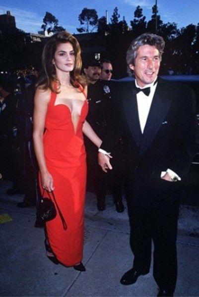 Over deze Oscarjurken werd het meest gepraat - Het Nieuwsblad: http://www.nieuwsblad.be/cnt/dmf20160226_02151285?_section=63562413